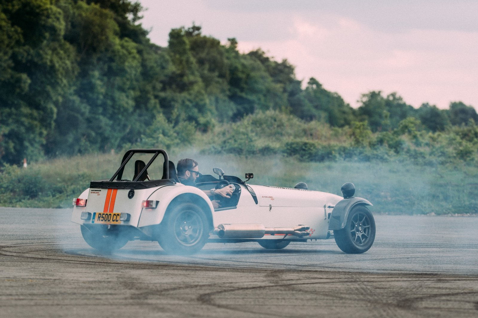 140773-caterham-superlight-r500-2.jpg